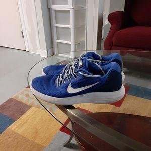 Nike lunarconverge sneakers